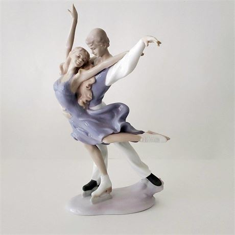 The Valencia Collection Figure Skating Pair