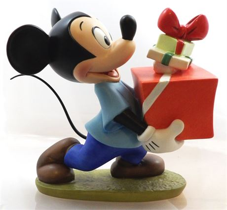 """1995 Mickey Mouse """"Presents For My Pals"""" Figurine"""