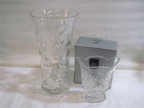 2 GLASS VASE LOT - INCLUDING NORITAKE HAMPTON HALL