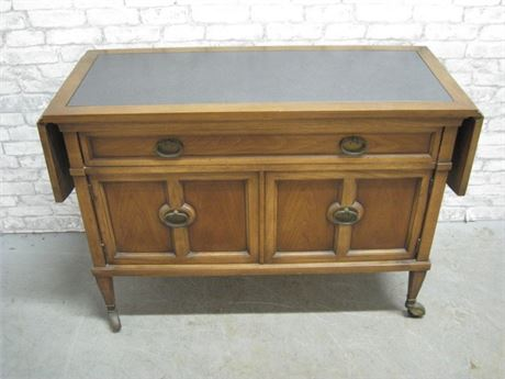NICE VINTAGE SERVER WITH DROP-LEAVES ON CASTERS