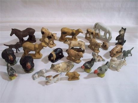 LARGE VINTAGE TOY FARM ANIMAL/DOG FIGURINE LOT - OVER 50 PIECES