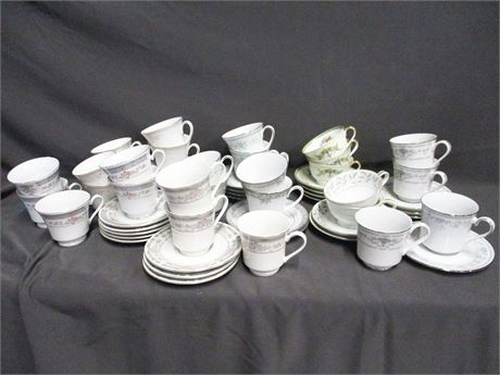 LOT OF CHINA CUPS AND SAUCERS FEATURING NORITAKE