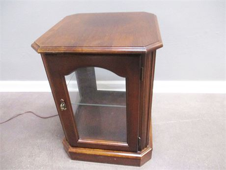 SMALL LIGHTED CURIO SIDE TABLE