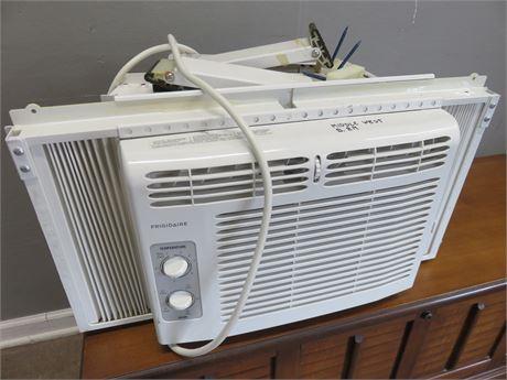 FRIGIDAIRE Room Air Conditioner
