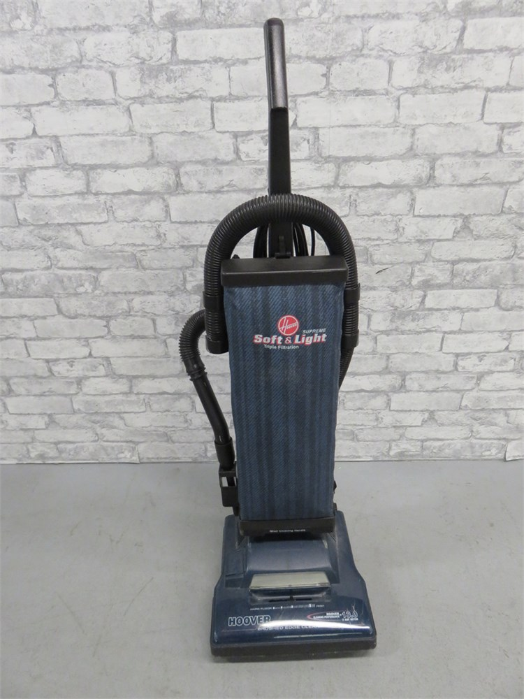 Transitional Design Online Auctions Hoover Supreme Upright Vacuum