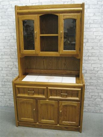 COCHRANE OAK 2 PIECE HUTCH WITH TILE TOP