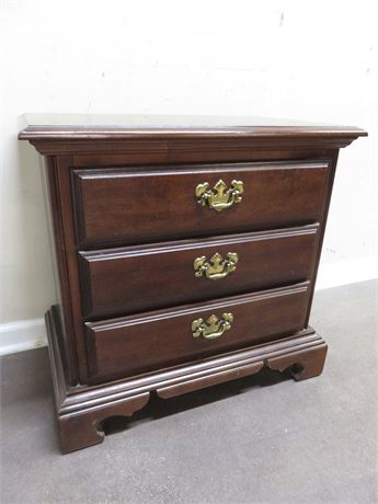 AMERICAN DREW Queen Anne Cherry Nightstand