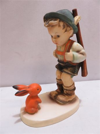 GOEBEL M.I. HUMMEL Sensitive Hunter Figurine