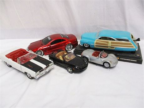 LOT OF 1/18 SCALE METAL CARS FEATURING ERTL