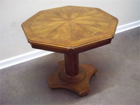 WM. A. BERKLEY FURNITURE CO./JOHN WIDDICOMB PEDESTAL SIDE TABLE