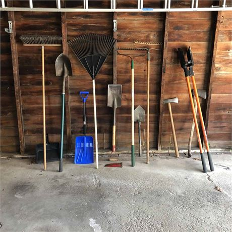 Lawn and Garden Tool Lot
