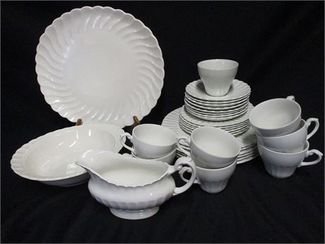 "LOT OF CHINA FEATURING J&G MEAKIN ""CLASSIC WHITE"""