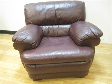 LARGE COMFY BROWN VINYL OCCASIONAL CHAIR
