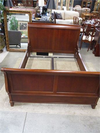 BEAUTIFUL CHERRY SLEIGH BED - QUEEN