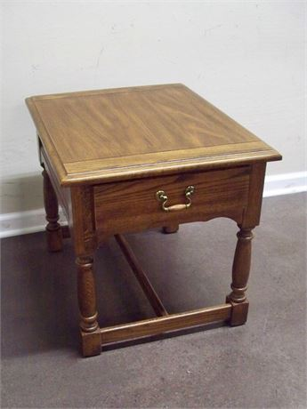 NICE END TABLE WITH DOVETAIL DRAWER