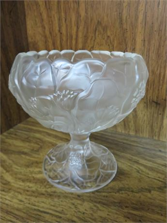 FENTON Water Lily Frosted Footed Bowl