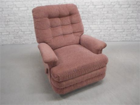 NICE RECLINER WITH TUFTED BACK