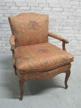 VINTAGE UPHOLSTERED SIDE/OCCASIONAL CHAIR