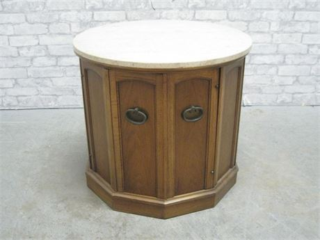 VINTAGE ROUND MARBLE TOP END TABLE