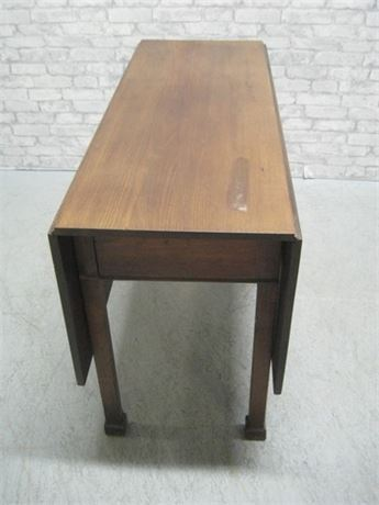 VINTAGE GATELEG DROP-LEAF DINING TABLE