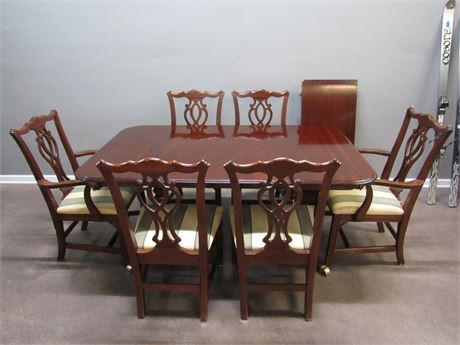 Knob Creek Chippendale Style Dining Table and 6 Chairs with 2 Leaves and Pads