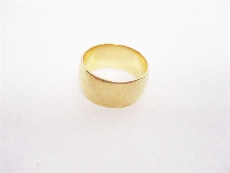 14K SIZE 7.5 GOLD BAND