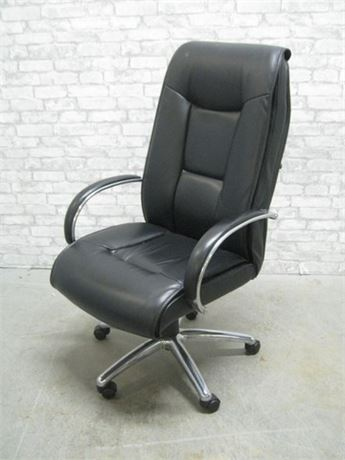 BLACK VINYL  OFFICE/DESK CHAIR
