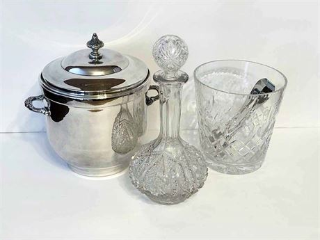 Decanter & Ice Bucket Lot