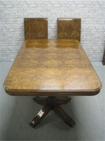 DREXEL DINING TABLE WITH 2 LEAVES