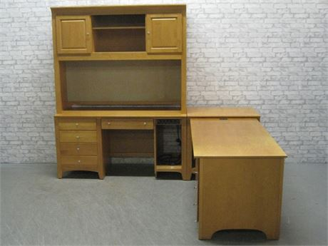 STANLEY L-SHAPED DESK SYSTEM WITH HUTCHES