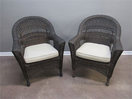 2 Synthetic Wicker Chairs with Cushions