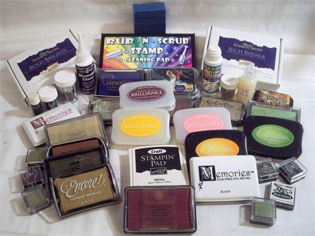 LARGE LOT OF CRAFT/RUBBER STAMP SUPPLIES