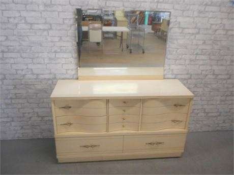 MID CENTURY BLONDE SERPENTINE FRONT DRESSER WITH MIRROR