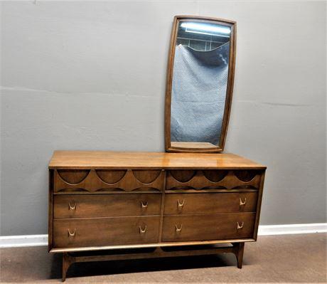 Mid Century Modern Broyhill Brasilia Walnut Dresser and Offset Mirror