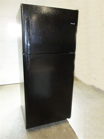 FRIGIDAIRE 20.4 CU. FT. TOP-FREEZER REFRIGERATOR
