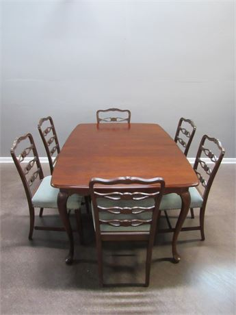 Chippendale Style Dining Table with 8 Ribbon-back chairs 2 Leaves and Pads