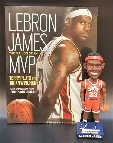 LeBron James Cleveland Cavaliers Bobblehead and Book