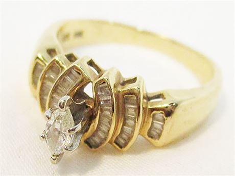 EXQUISITE 14K GOLD RING