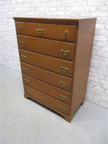 6-DRAWER SALEM MAPLE CHEST
