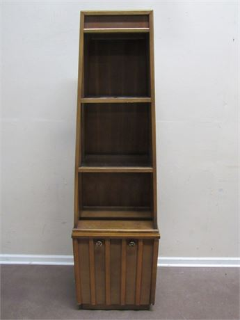 VINTAGE MID CENTURY DISPLAY CABINET WITH GLASS SHELVES