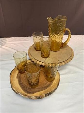 Lot of Vintage Pressed Glass Pitcher with 5 Glasses
