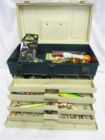 PLANO TACKLE BOX WITH LURES