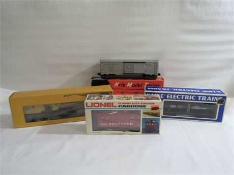 4 O-Gauge Railroad Cars with Boxes
