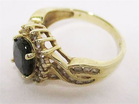 ELEGANT 14K GOLD SIZE 7 RING