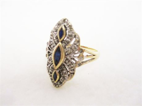 SIZE 7.5 14K DIAMOND AND SAPPHIRE RING