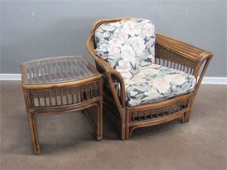 Ayers Furniture Rattan Sun Room Chair w/ Floral Fabric Cushions and Side Table