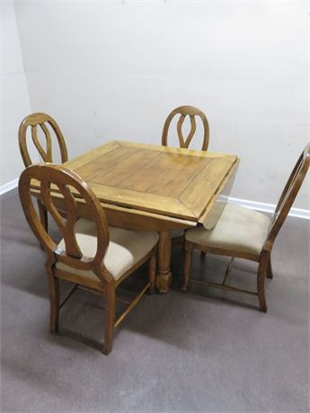 LORTS Square-To-Round Dining Table Set
