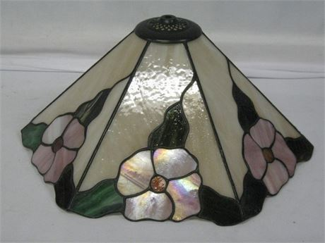 TIFFANY STYLE FLORAL LEAD GLASS LAMP SHADE (only)
