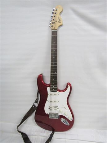 Fender Squire Strat Solid Body Guitar with Case