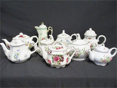 LOT OF VINTAGE CHINA TEAPOTS FEATURING ARTHUR WOOD